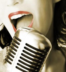 chanteuse-micro-nb-275x300